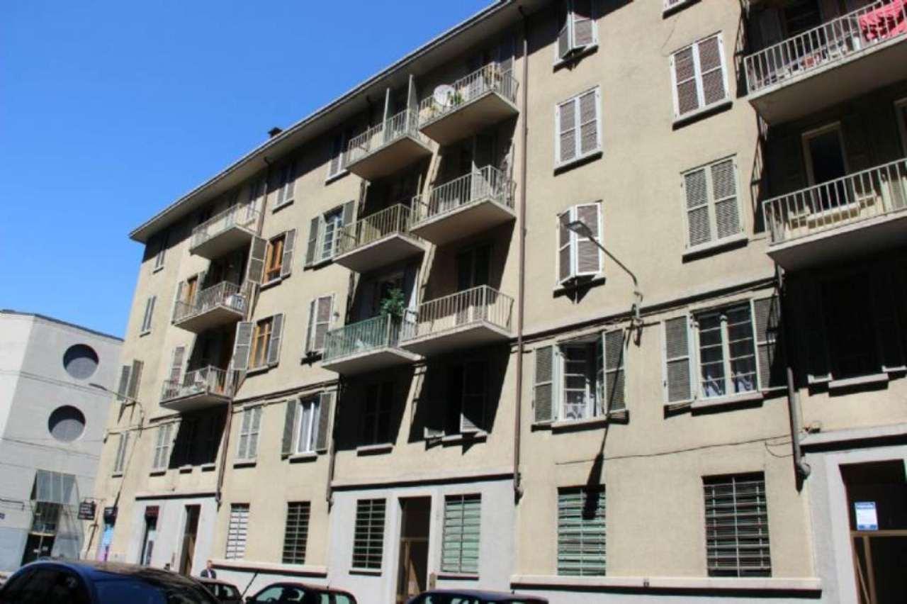 Bilocale Torino Via Chisola 11