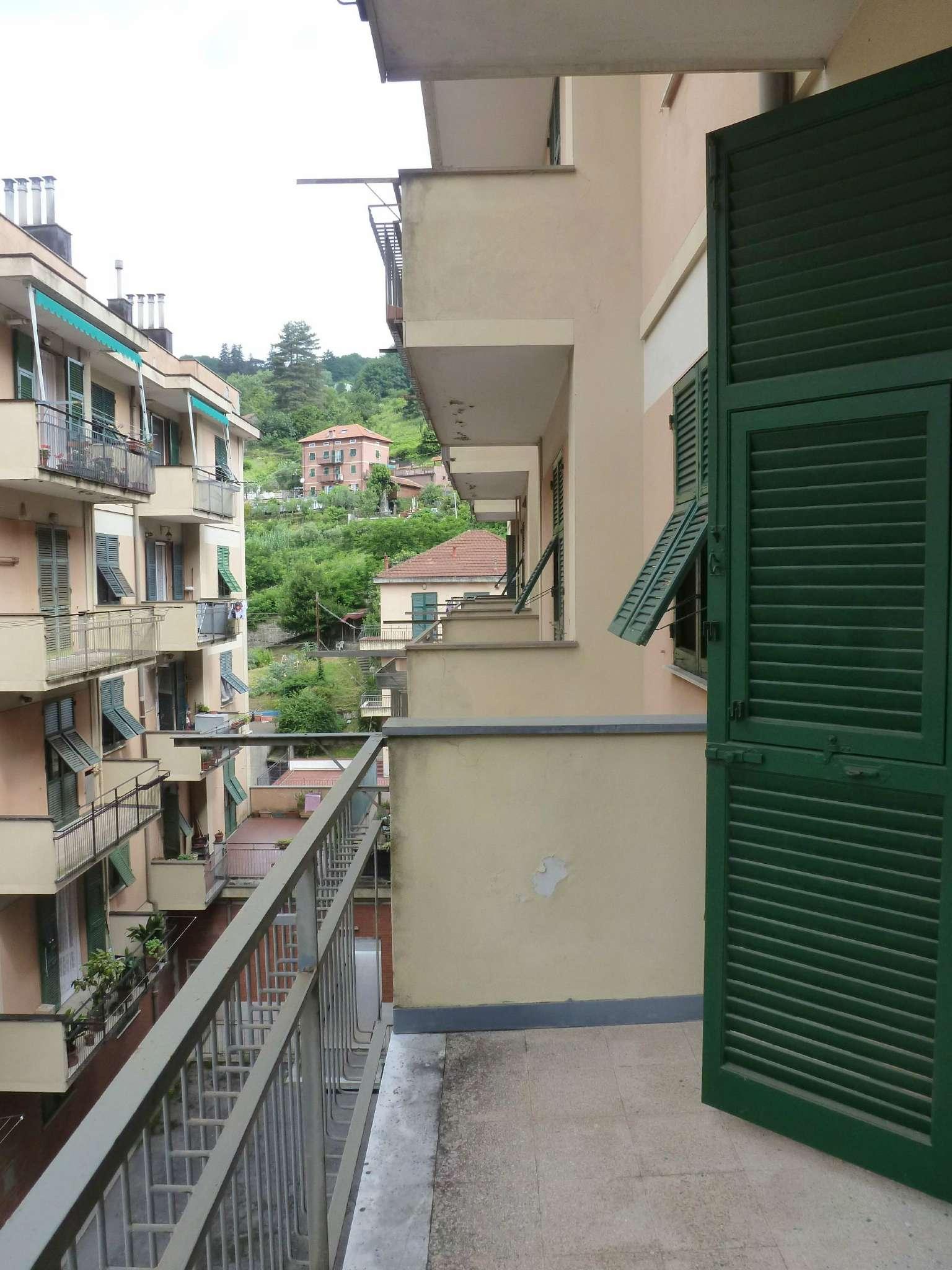 Bilocale Genova Via Natale Gallino 11