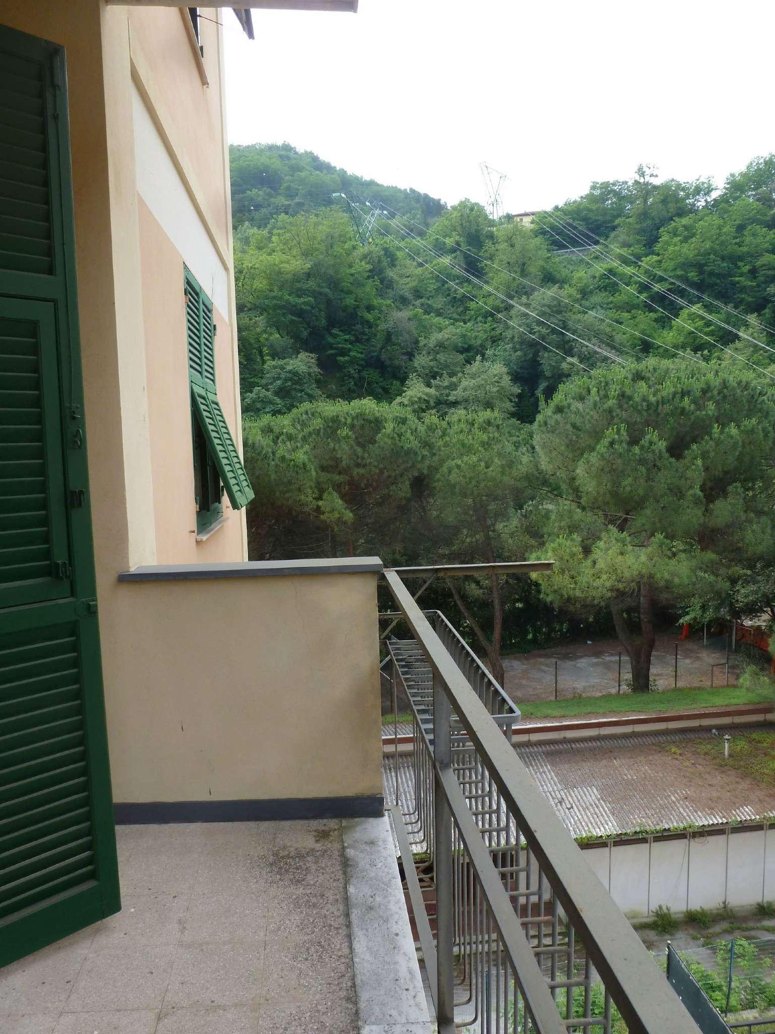 Bilocale Genova Via Natale Gallino 12