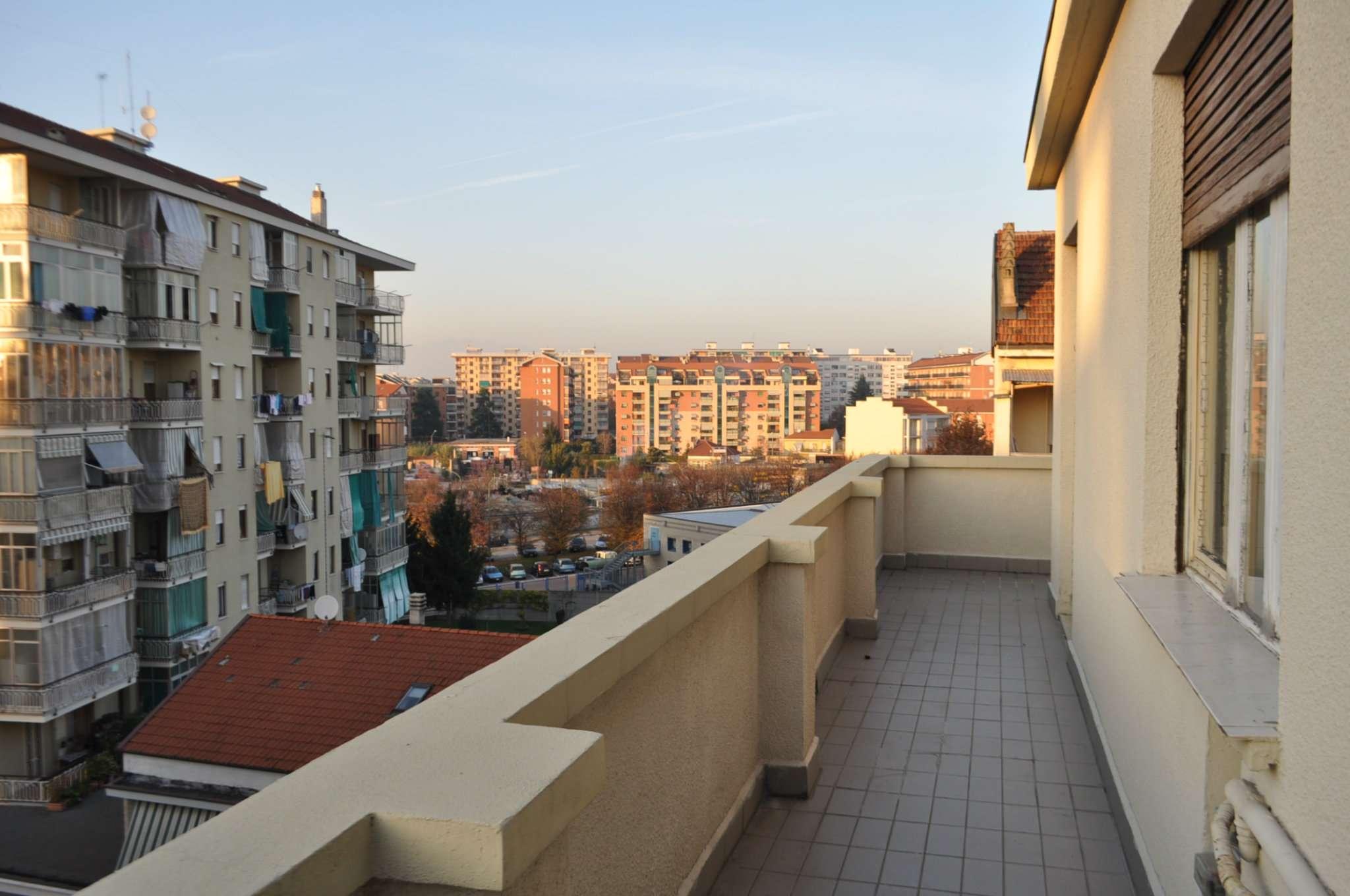 Bilocale Torino Via Foligno 11