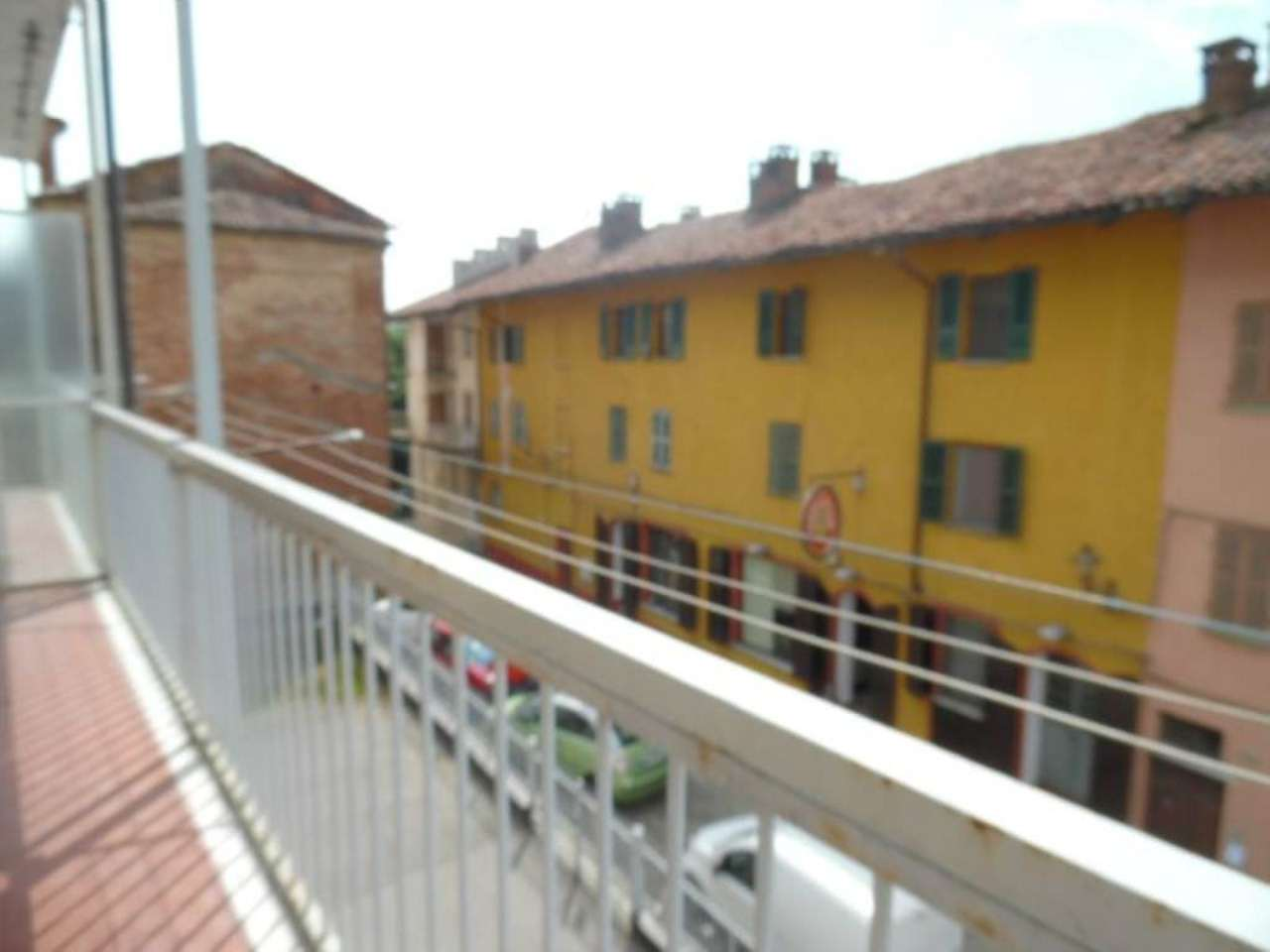 Bilocale Poirino Piazza Italia 6