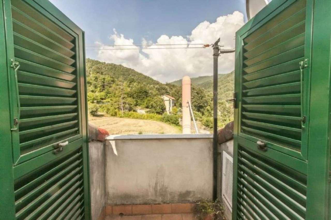 Bilocale Casella Via Avosso 10