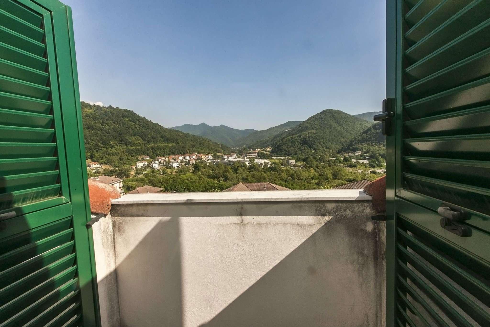 Bilocale Casella Via Avosso 11