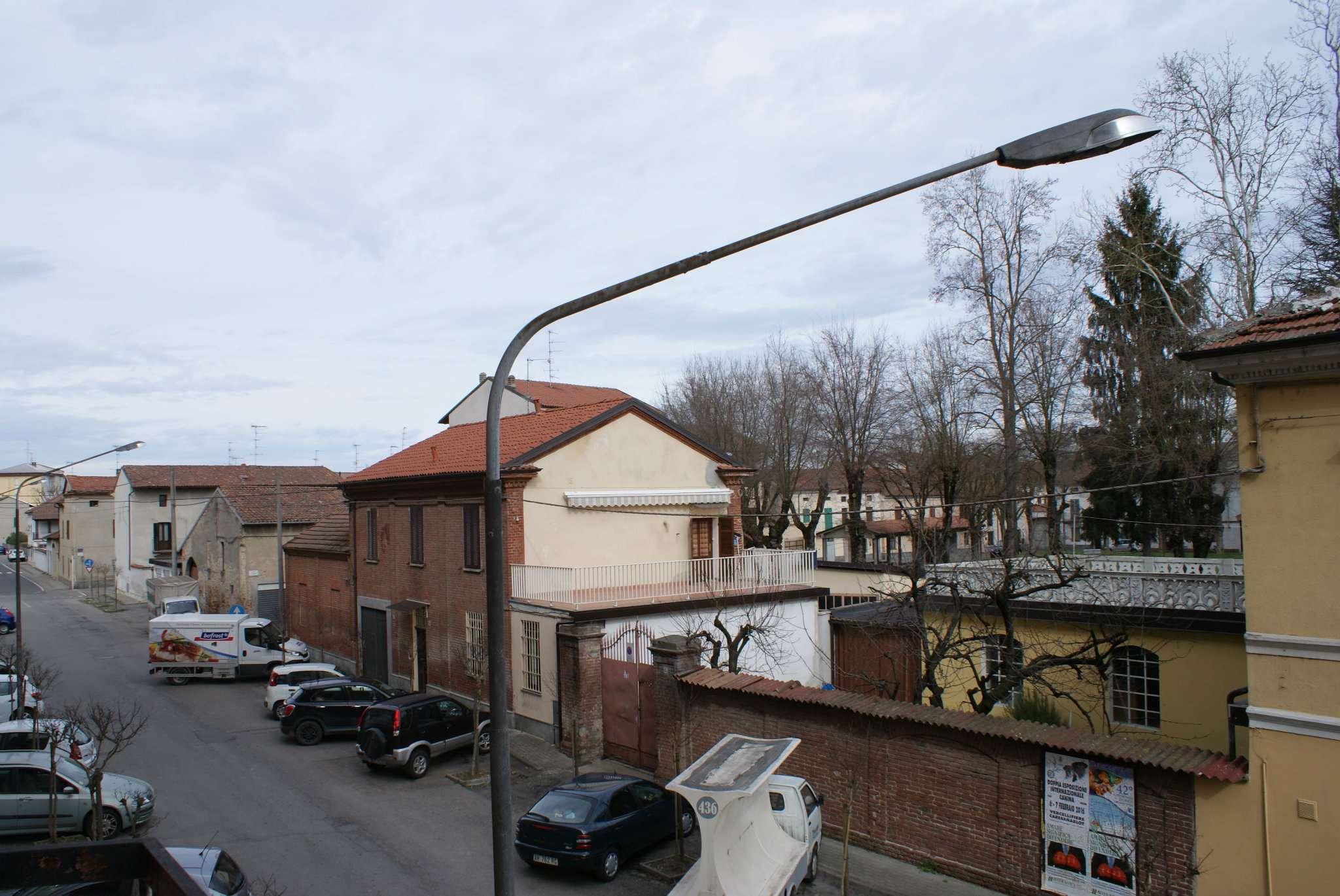 Bilocale Trino Via Montello 7