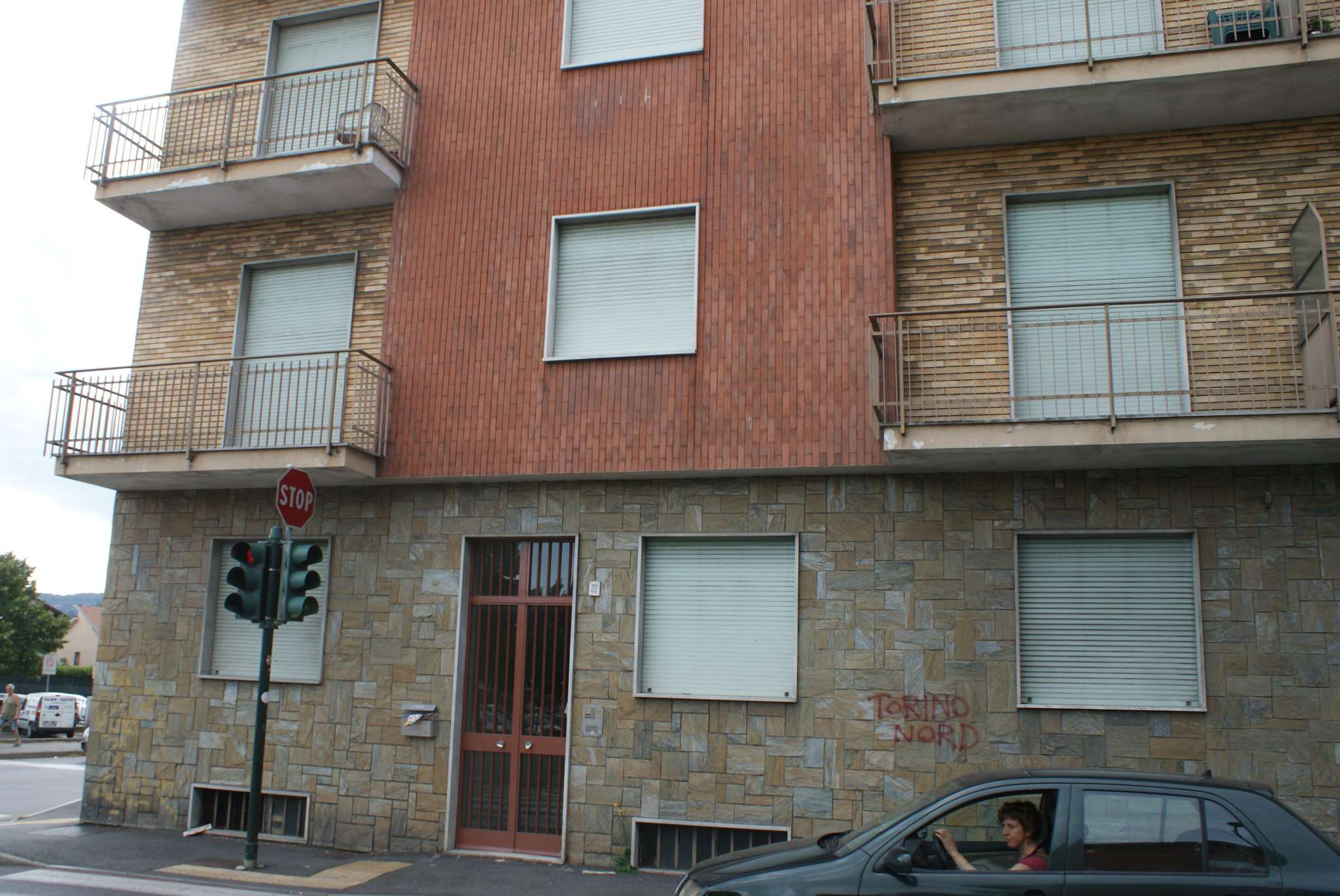 Bilocale Settimo Torinese Via Castiglione 8