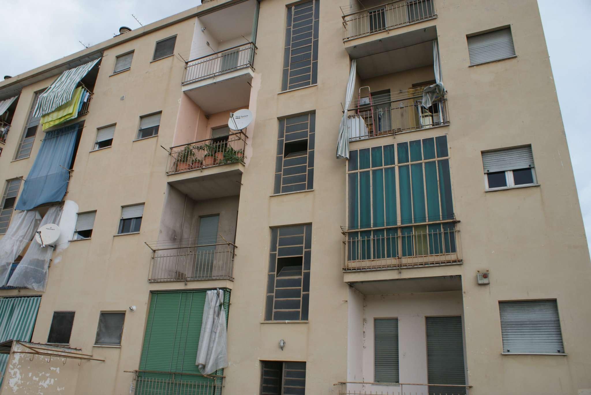 Bilocale Settimo Torinese Via Castiglione 9