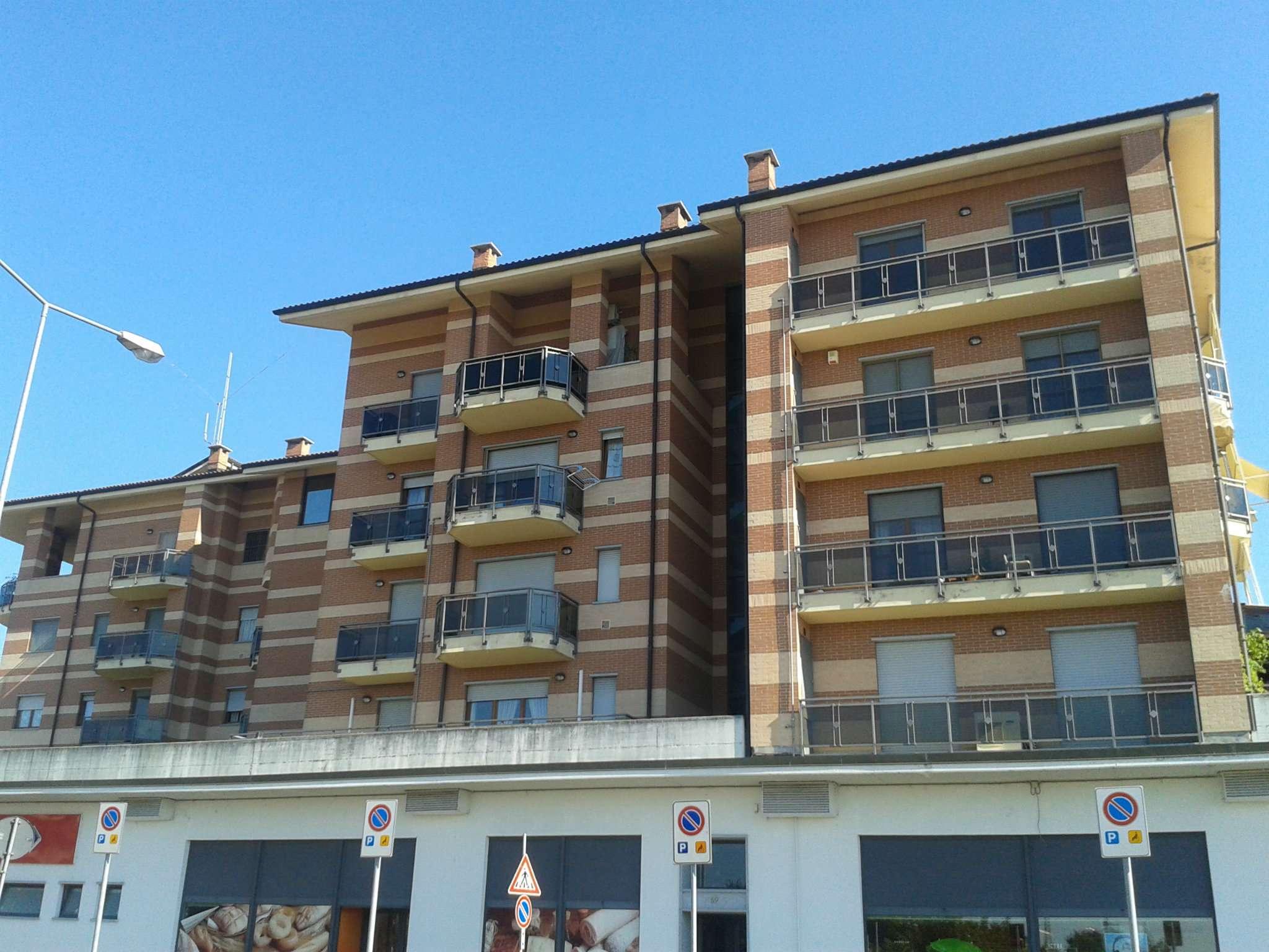 Bilocale Carmagnola Via Savonarola 10
