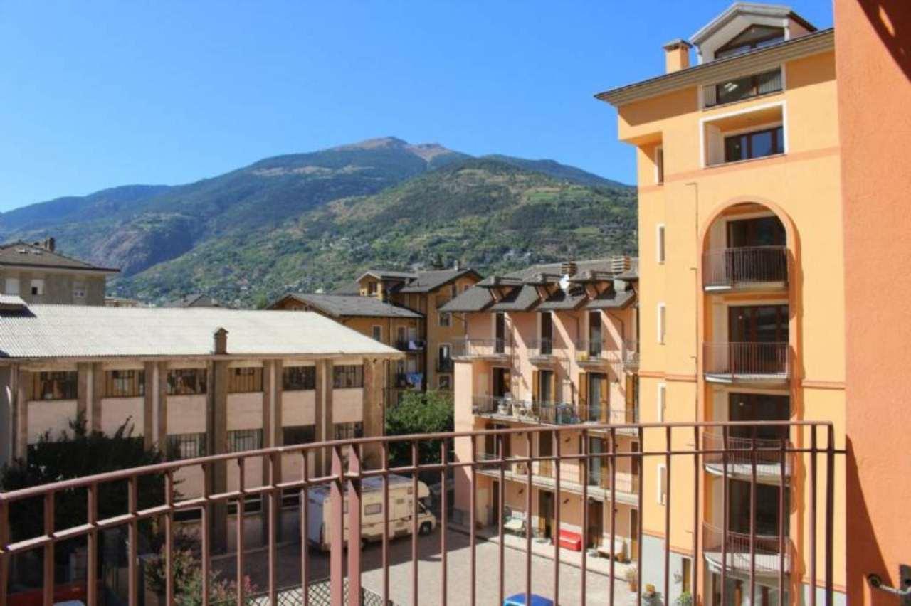 Bilocale Aosta Viale Giuseppe Garibaldi 10