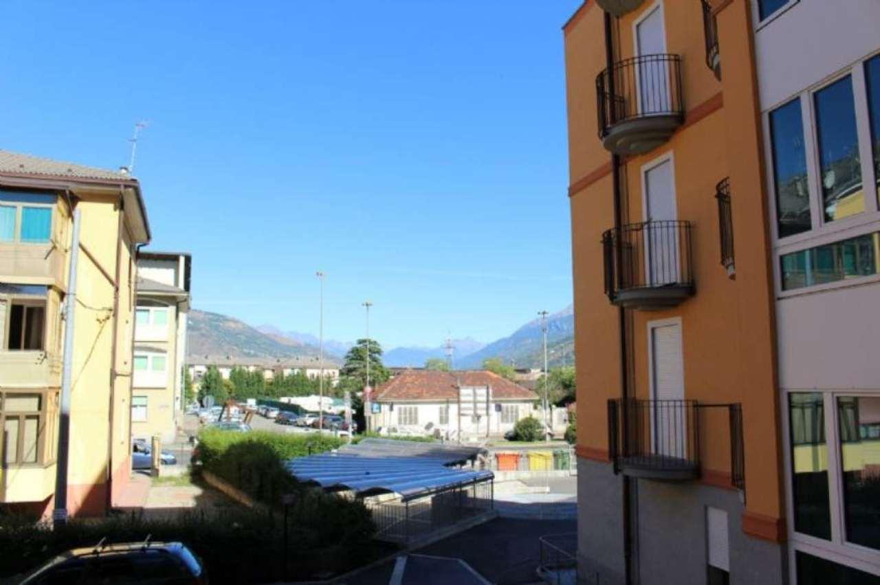 Bilocale Aosta Viale Giuseppe Garibaldi 12