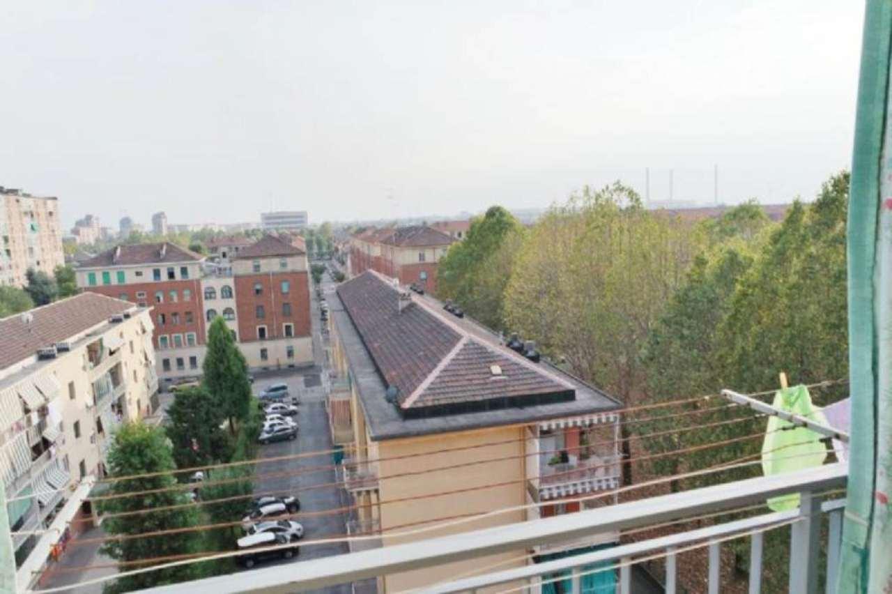 Bilocale Torino Via Bernardo De Canal 12
