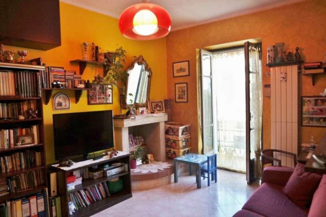 Bilocale Torino Via Issiglio 3