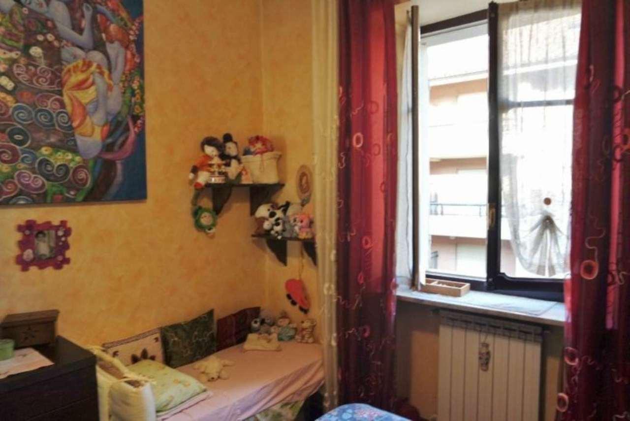 Bilocale Torino Via Issiglio 10
