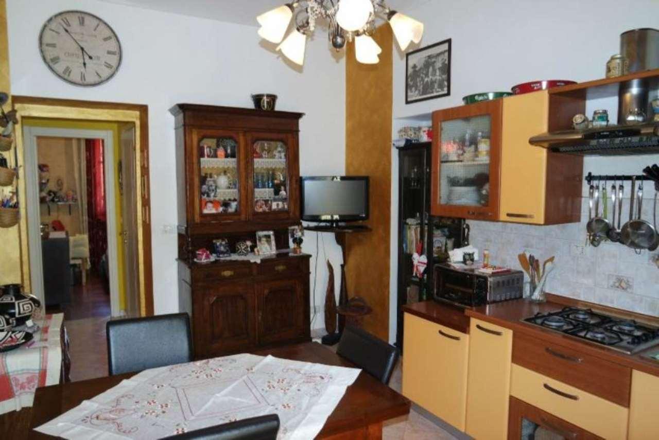 Bilocale Torino Via Issiglio 8
