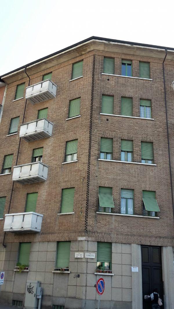 Bilocale Torino Via Pianezza 12