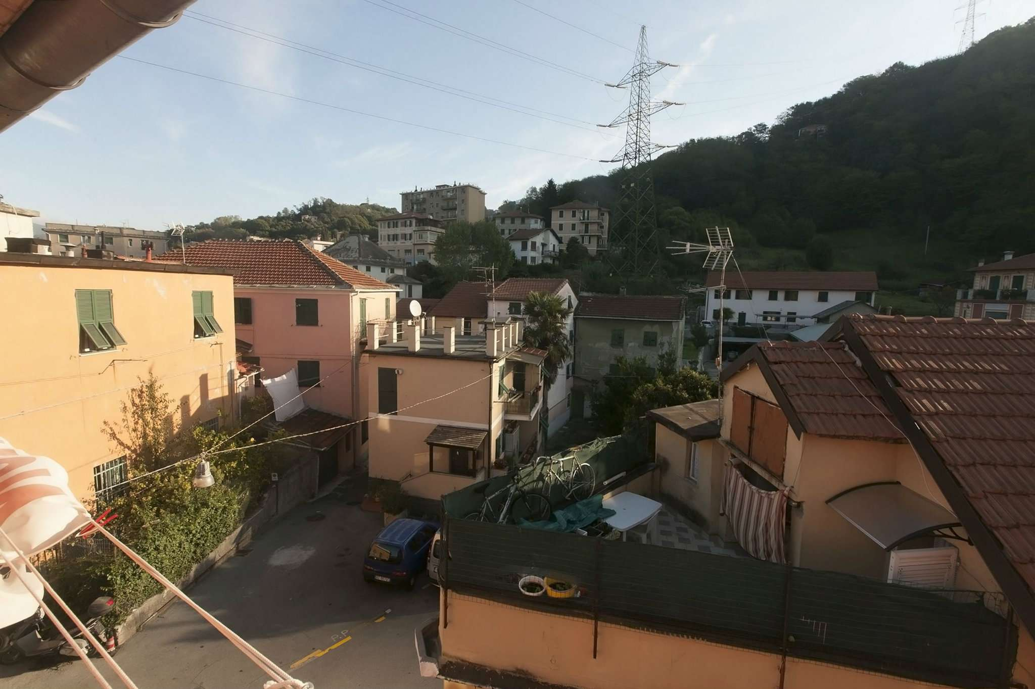 Bilocale Genova Via San Quirico 11