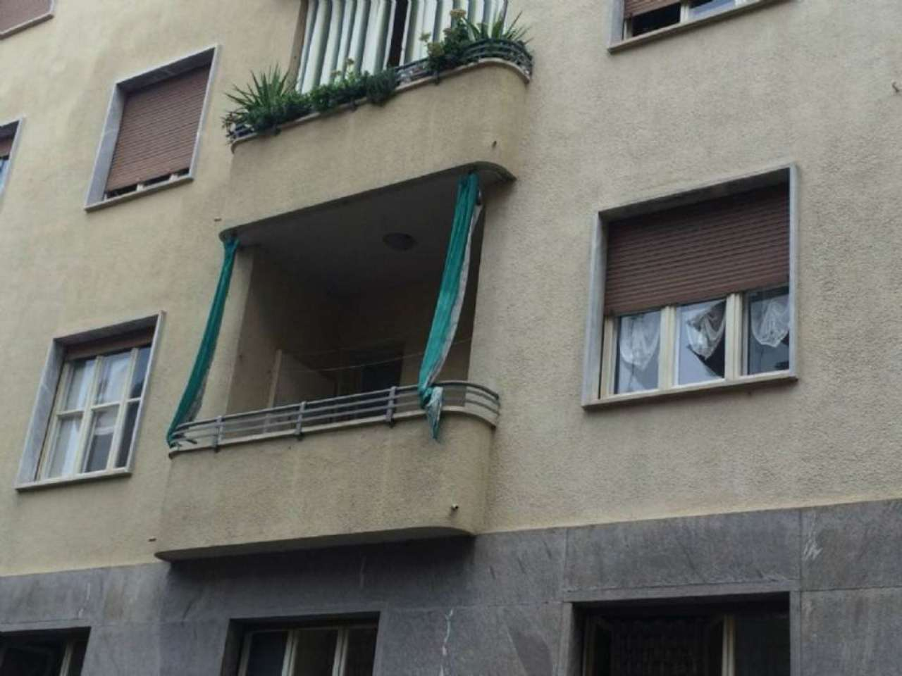 Bilocale Torino Via Borgo Dora 13