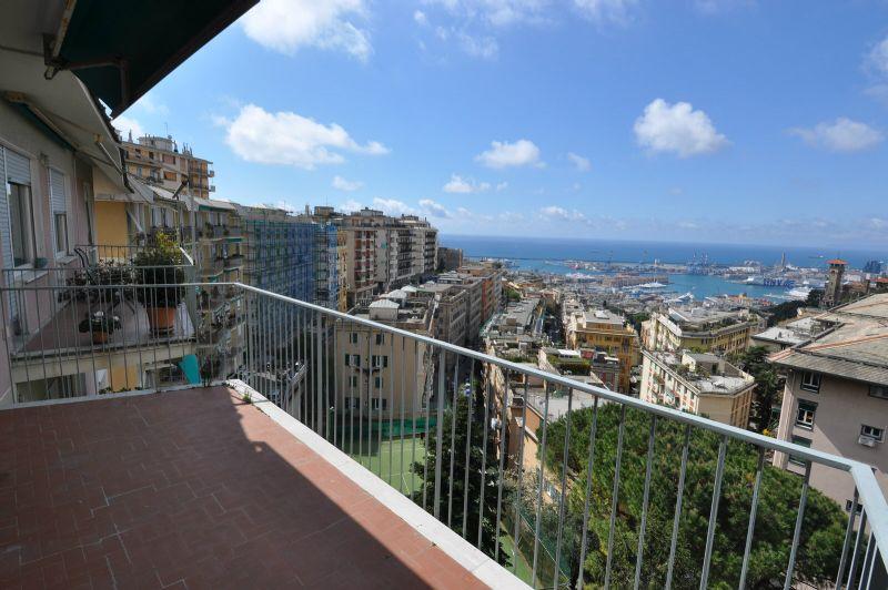 Bilocale Genova Via Piaggio 1