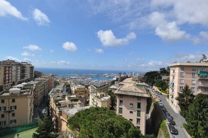 Bilocale Genova Via Piaggio 2