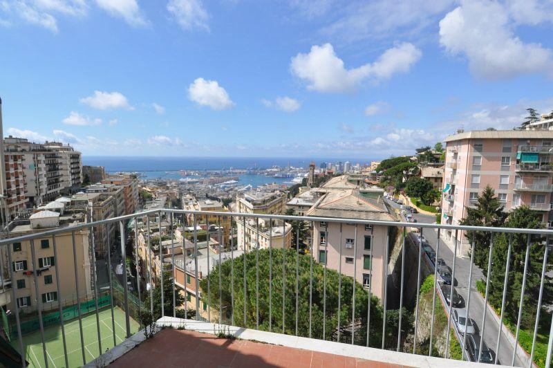 Bilocale Genova Via Piaggio 11