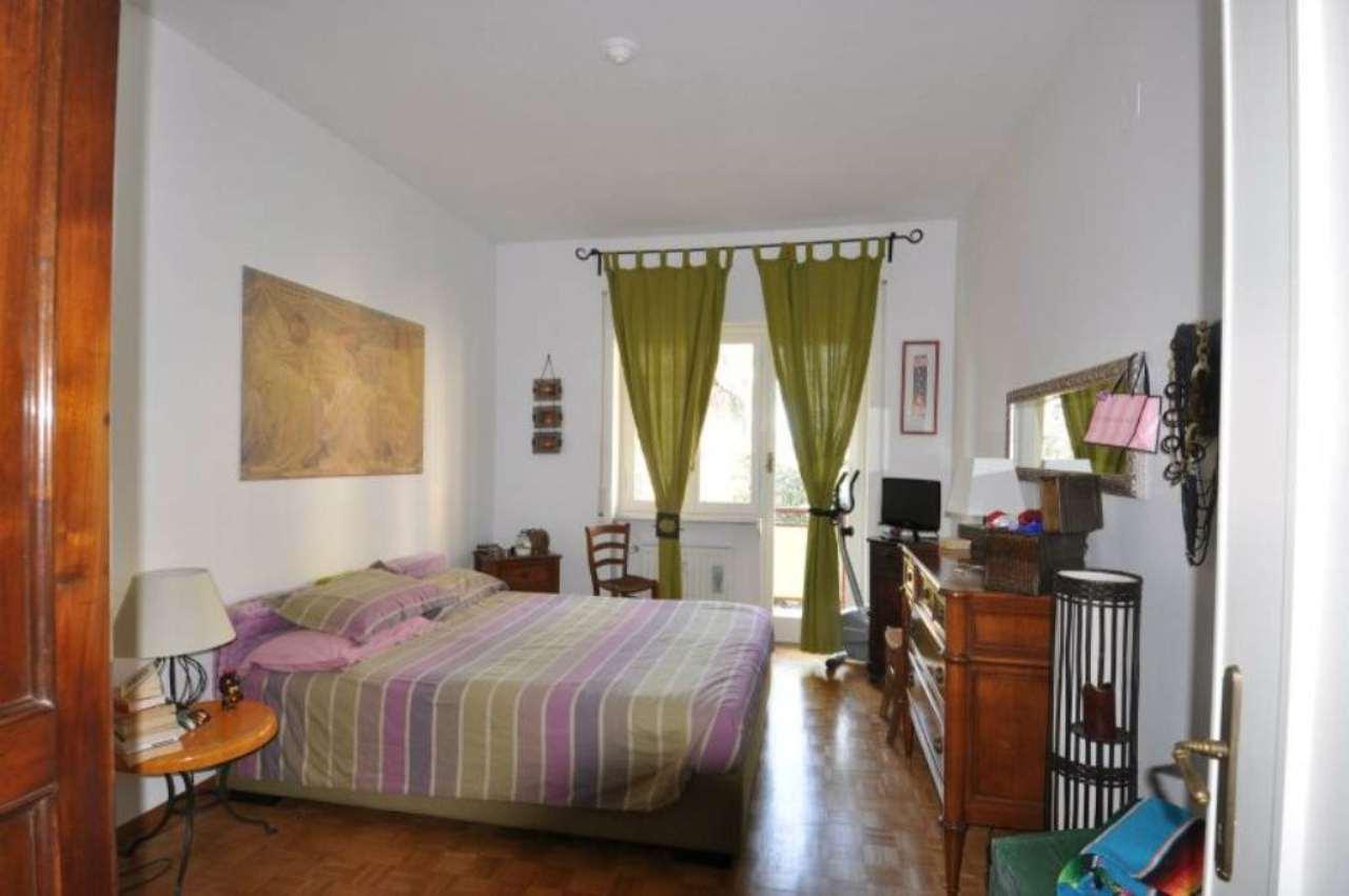 Bilocale Genova Via Ferretto 10