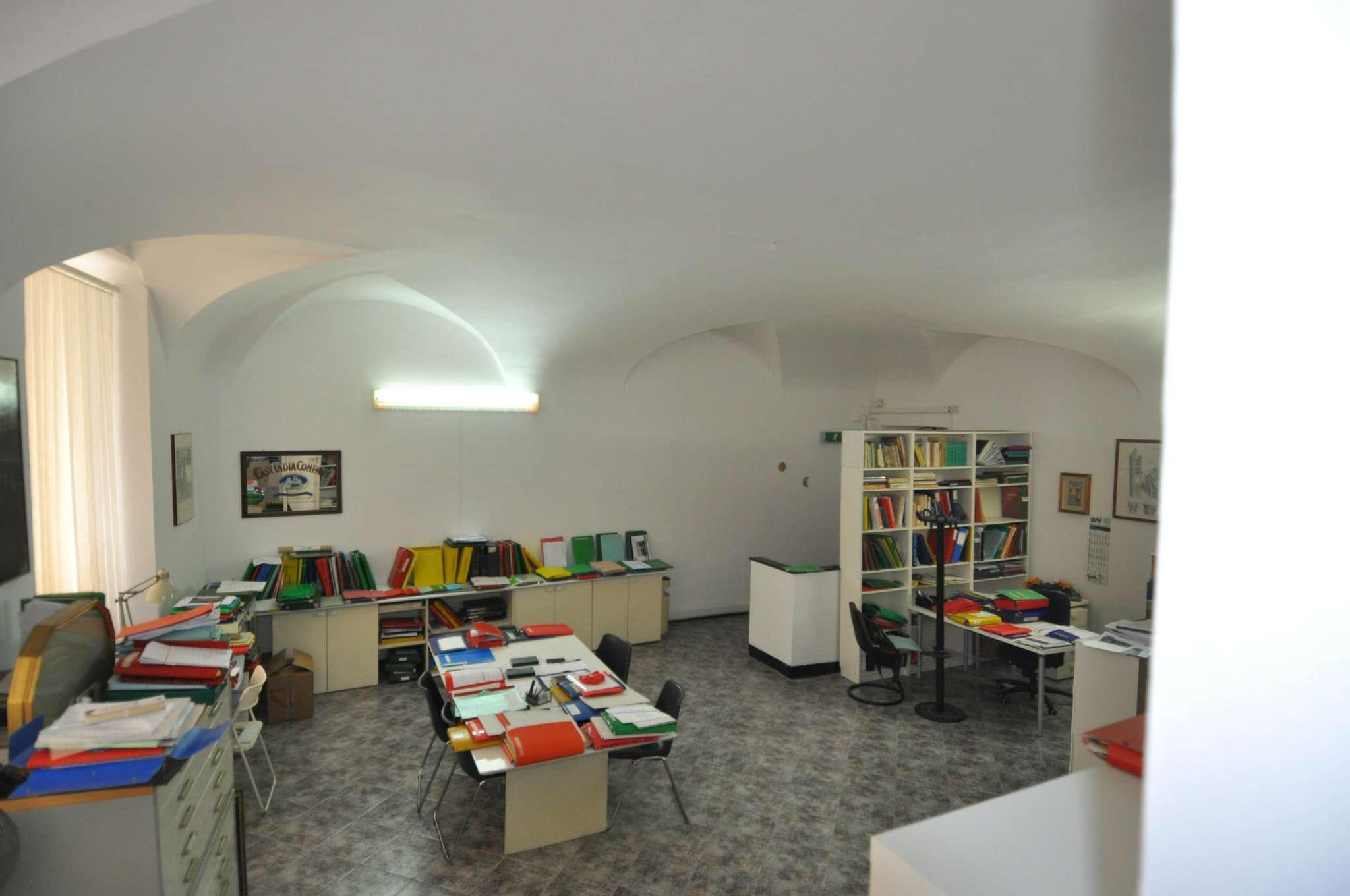 Bilocale Genova Via Ponte Reale 3