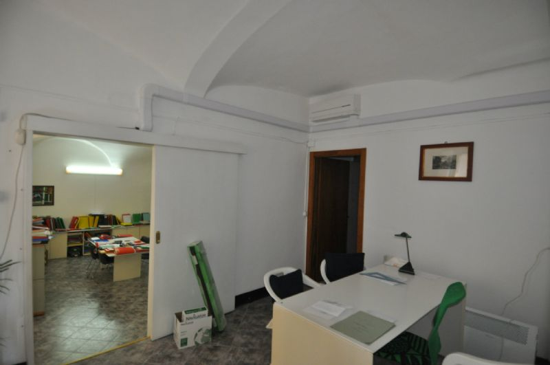 Bilocale Genova Via Ponte Reale 6