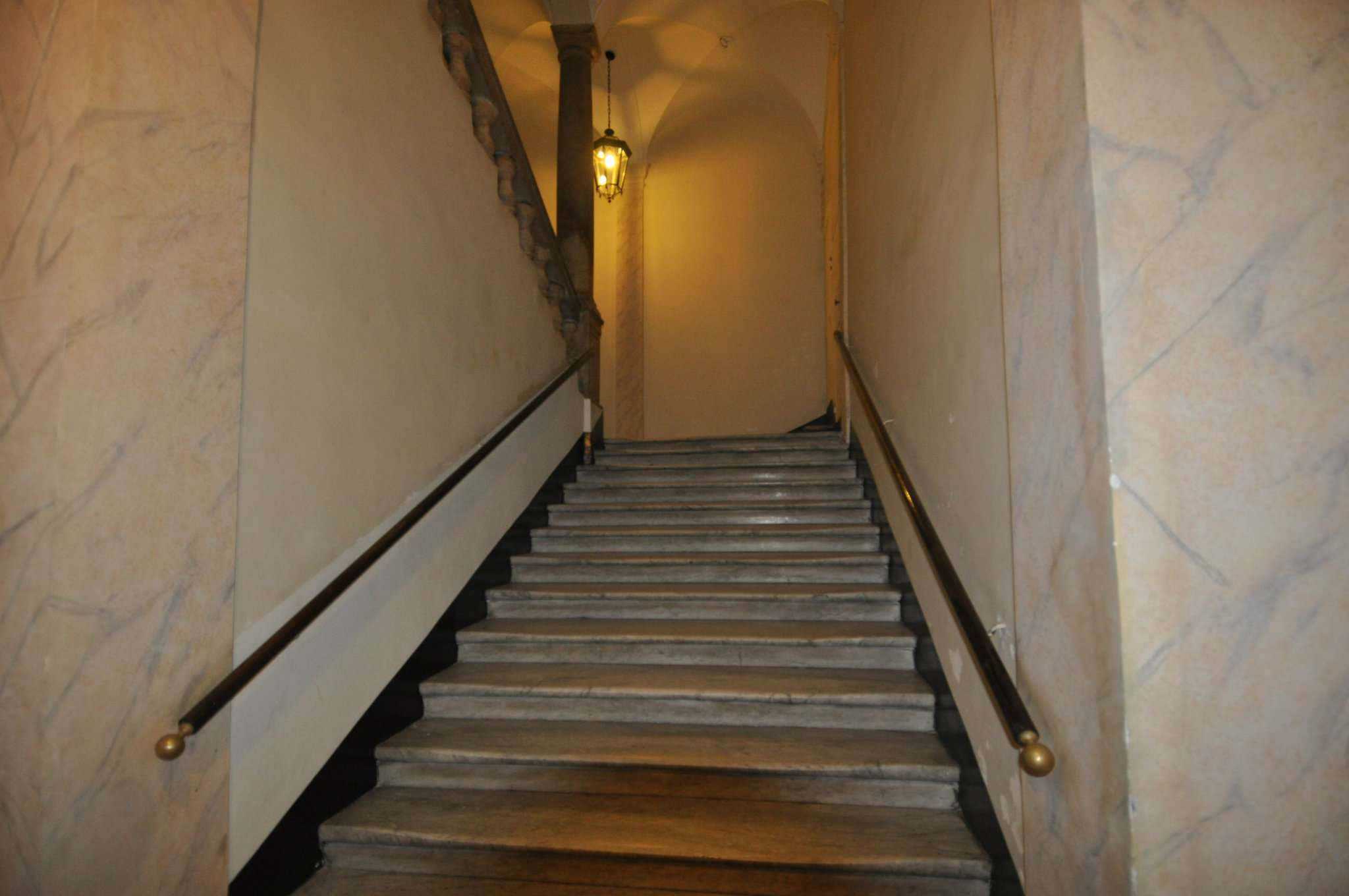 Bilocale Genova Via Ponte Reale 12