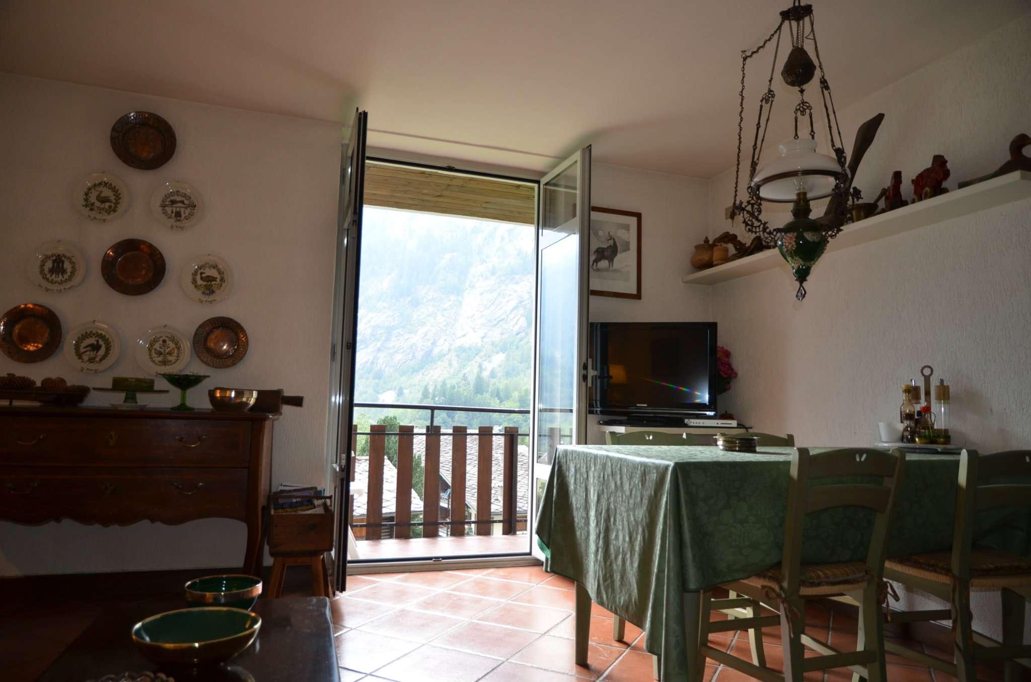 Aosta Vendita APPARTAMENTO Immagine 2
