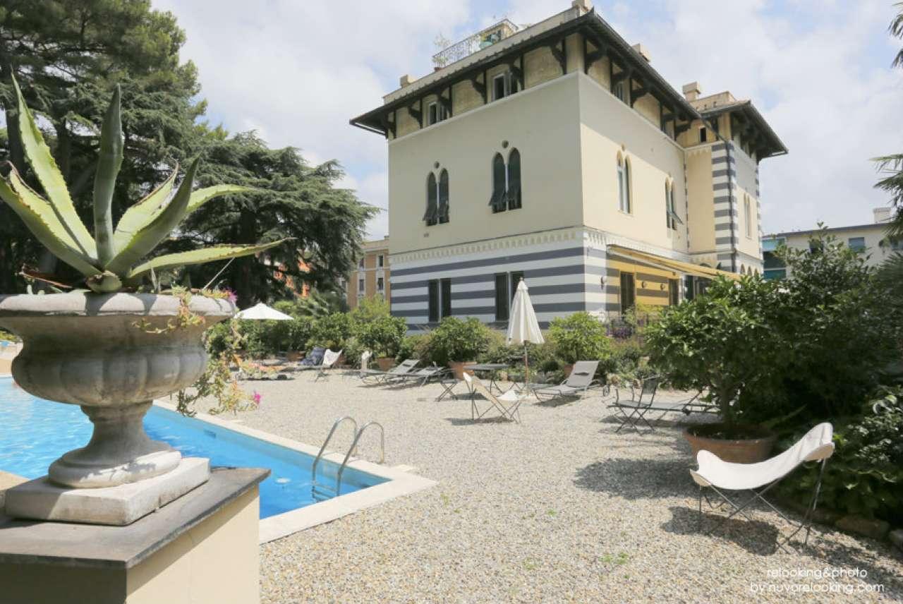 Foto 1 di Villa via sturla, Genova (zona Carignano, Castelletto, Albaro, Foce)