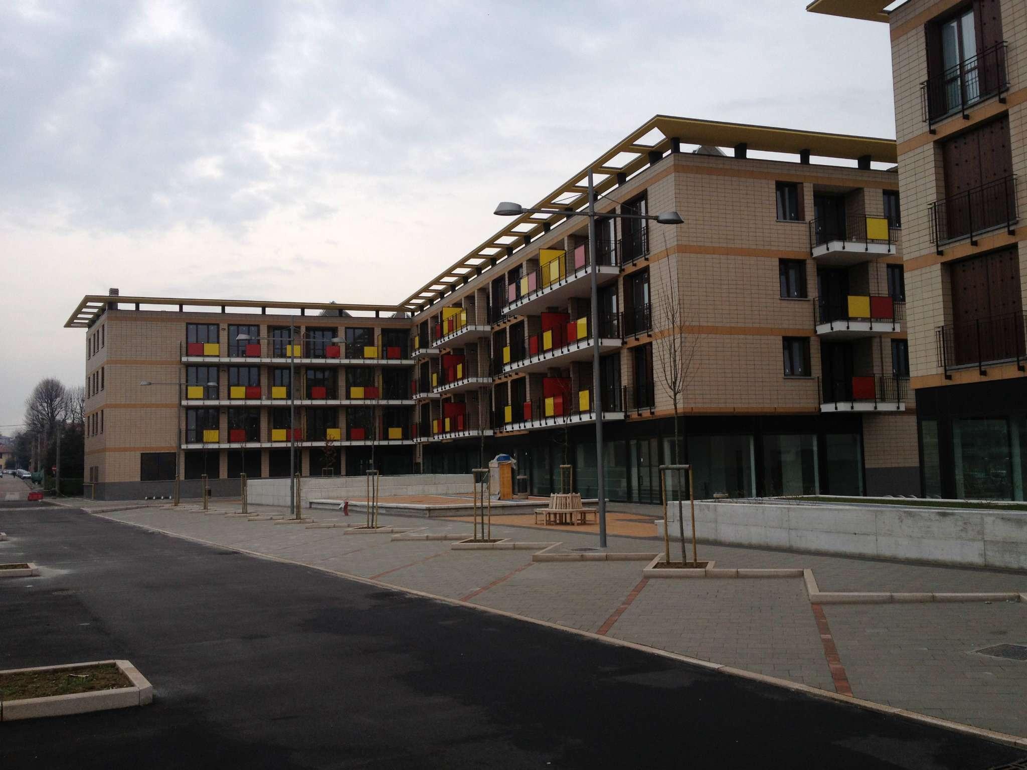 Bilocale Somma Lombardo Via Piave 3