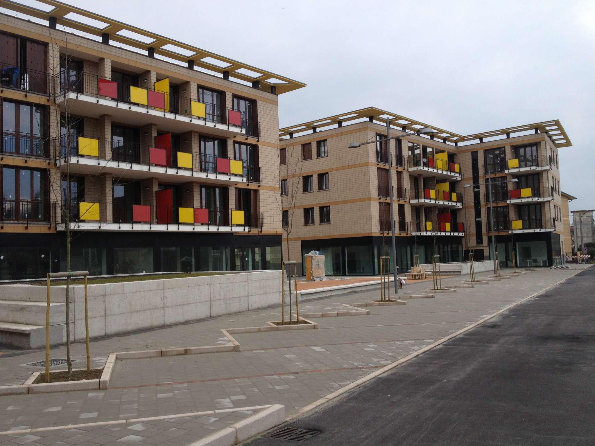 Bilocale Somma Lombardo Via Piave 5
