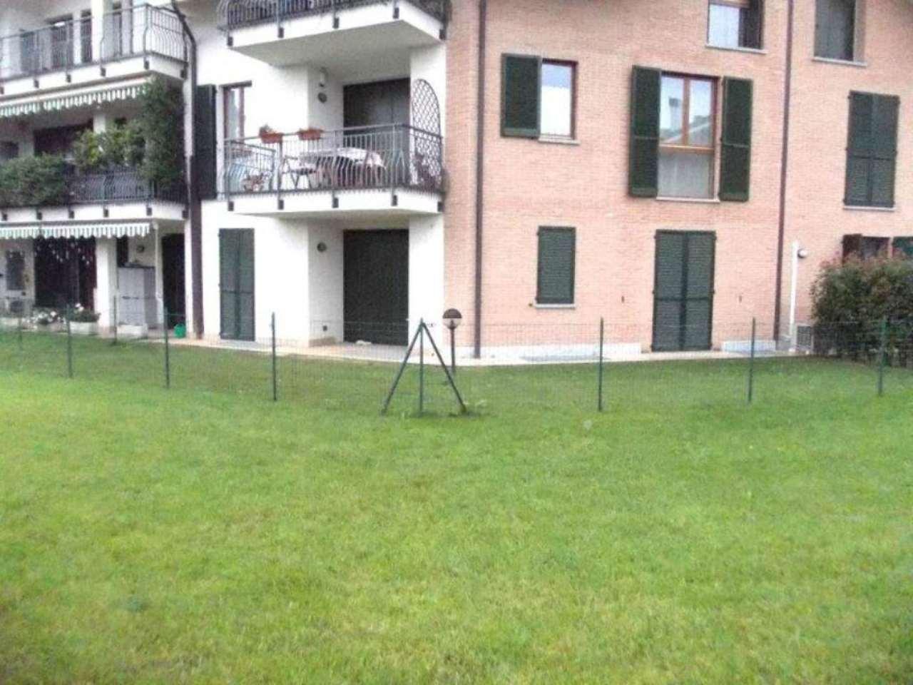 Bilocale Lesmo Via Monti 2