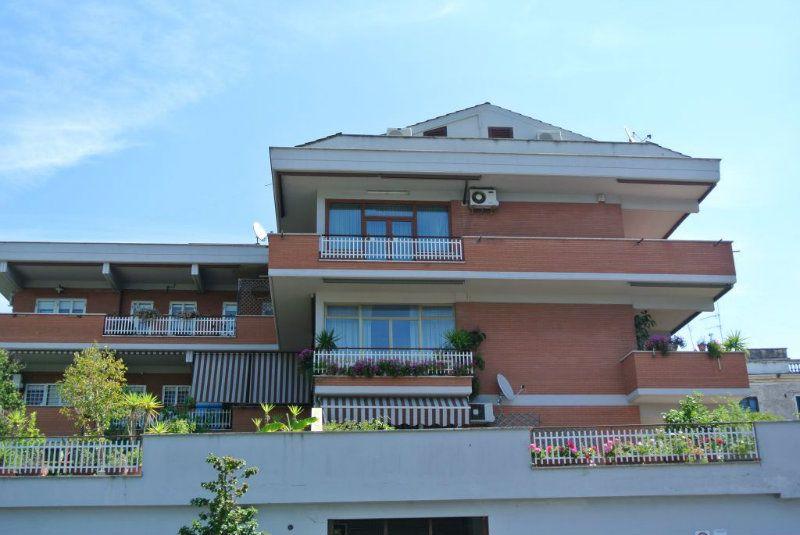 Appartamento in vendita a Roma, 5 locali, zona Zona: 23 . Portuense - Magliana, prezzo € 549.000 | Cambiocasa.it