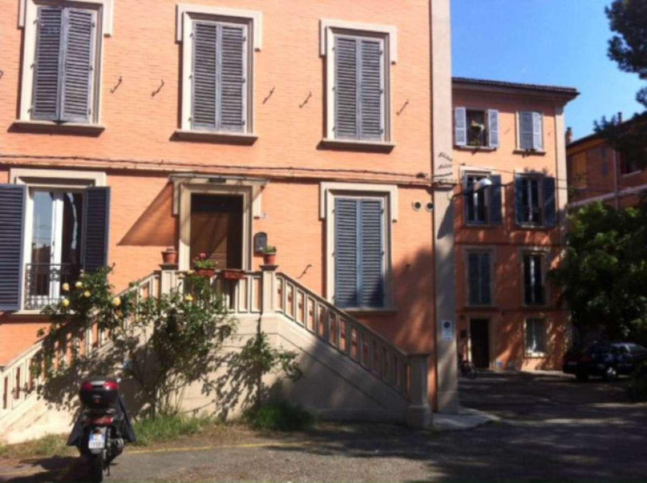 Bilocale Bologna Via Massarenti 1