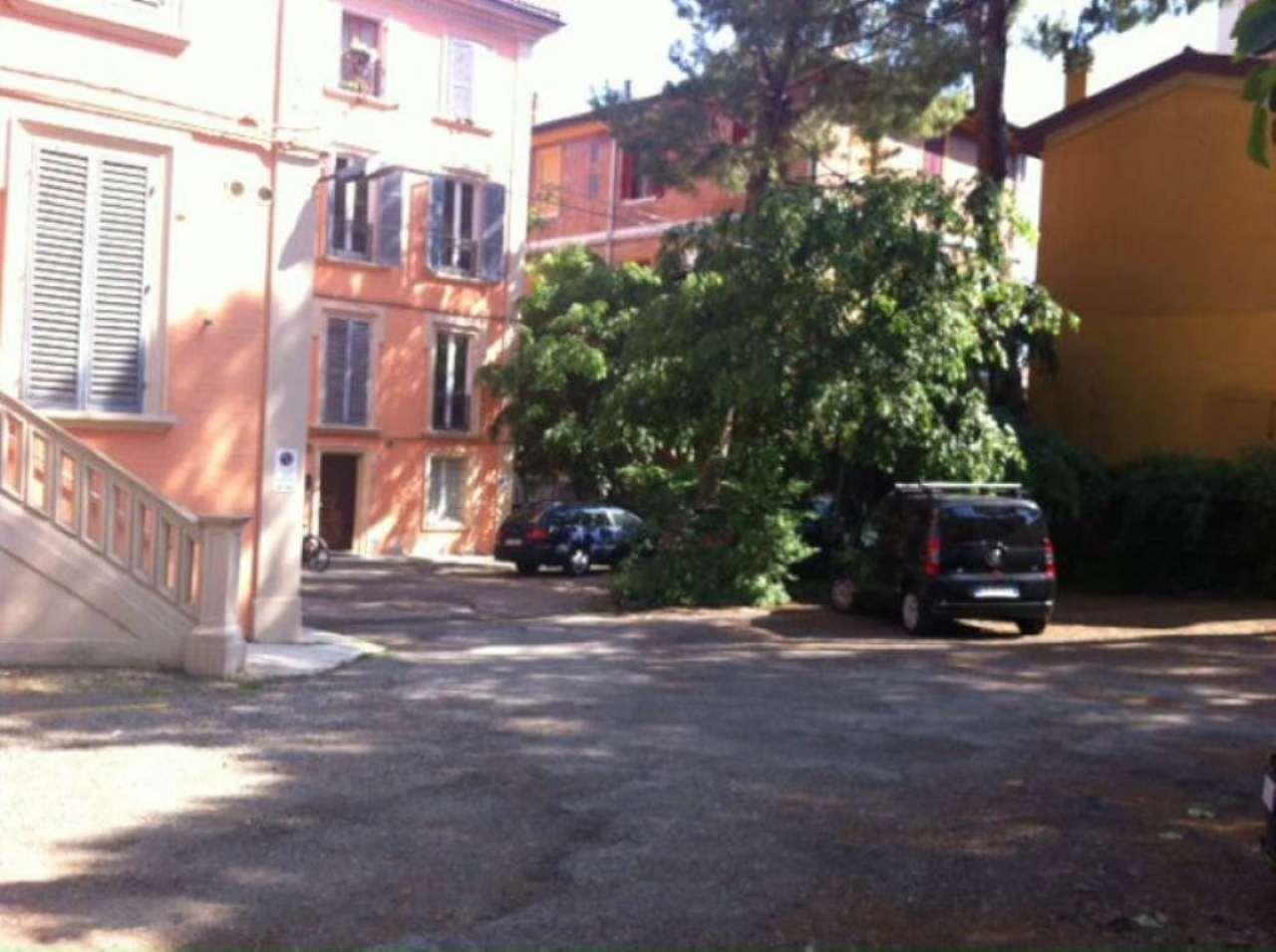 Bilocale Bologna Via Massarenti 3