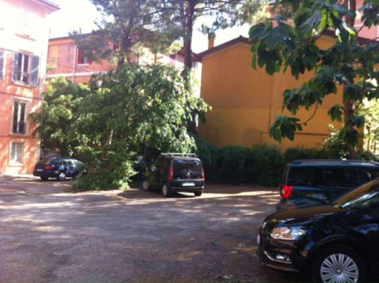 Bilocale Bologna Via Massarenti 4