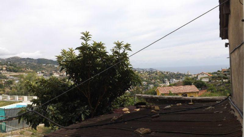 Villa in vendita a SanRemo, 4 locali, prezzo € 350.000 | Cambio Casa.it