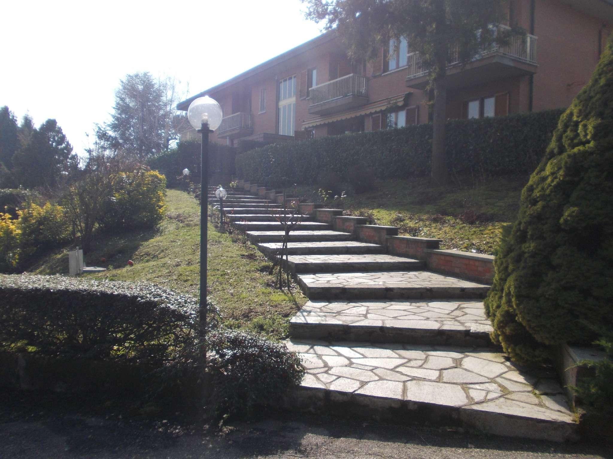 Bilocale Pino Torinese Via Privata Via Delle Genziane 1