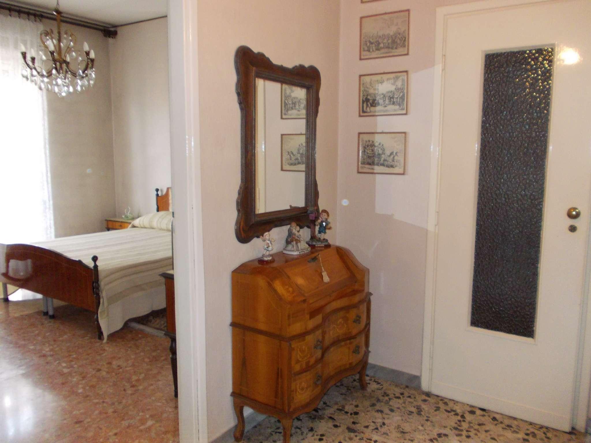 Bilocale Torino Via Monfalcone 3