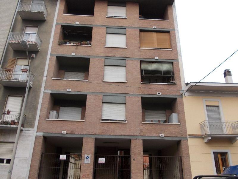 Torino Affitto MAGAZZINO Immagine 0