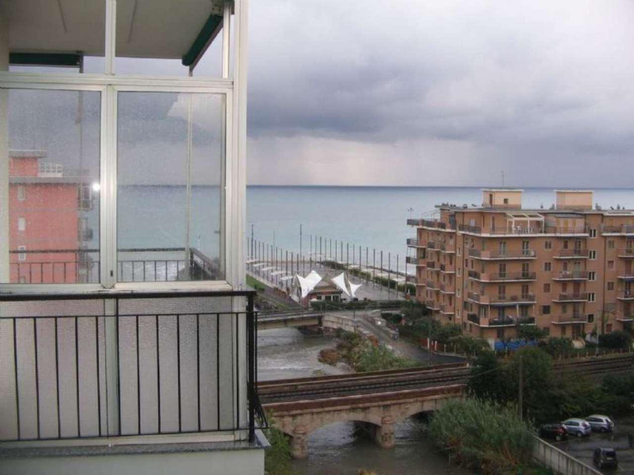 Appartamento in affitto a Borghetto Santo Spirito, 3 locali, prezzo € 600 | Cambio Casa.it