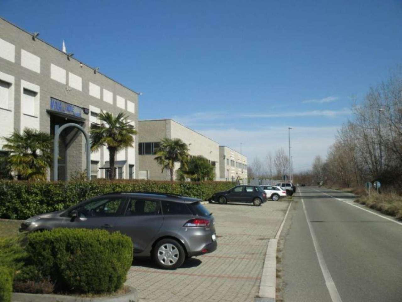 Capannone in affitto via Mappano Borgaro Torinese