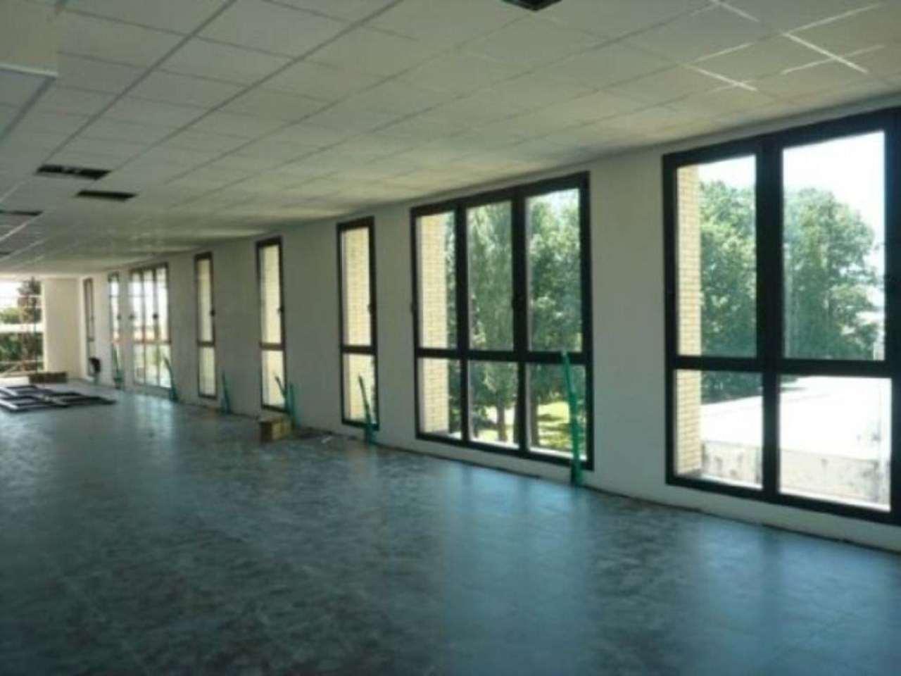 Immagine immobiliare ufficio ampio in palazzina nuova A Rivarolo Canavese, Via Vallero (zona centrale) nella nuova palazzina direzionale denominata