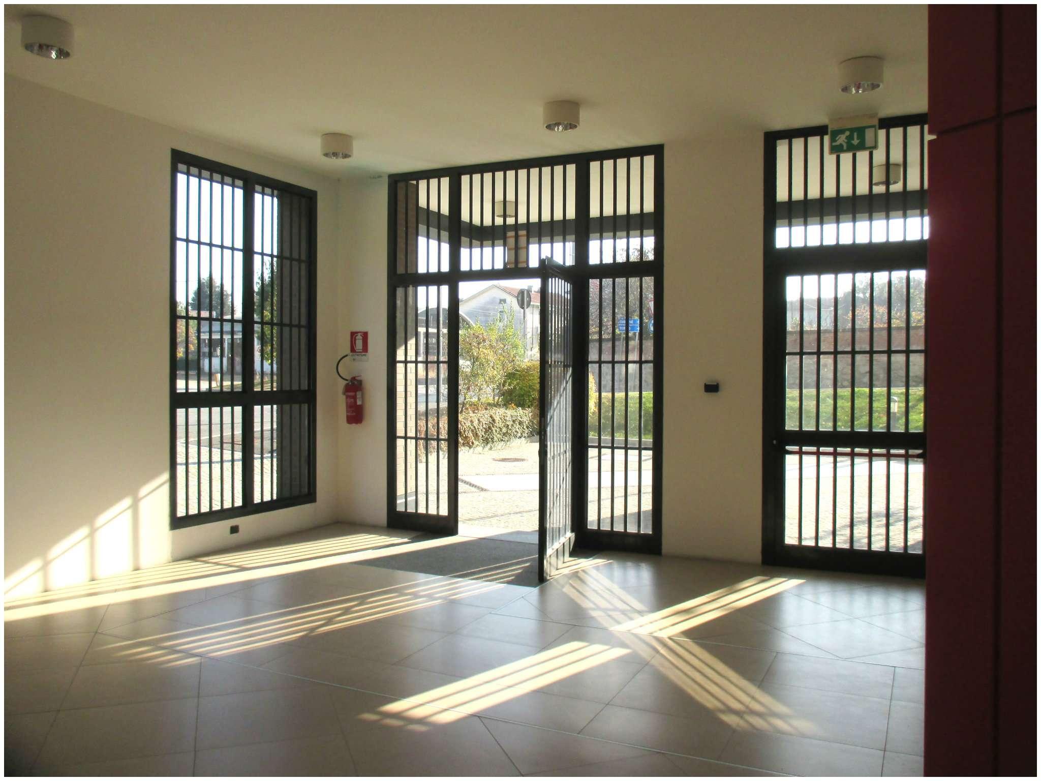 Immagine immobiliare ufficio in palazzina direzionale OfficeCenter A Rivarolo Canavese, Via Vallero (zona centrale) nella nuova palazzina direzionale denominata