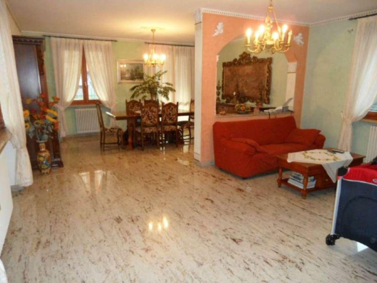 Villa in vendita a Cenate Sotto, 4 locali, prezzo € 495.000 | Cambio Casa.it