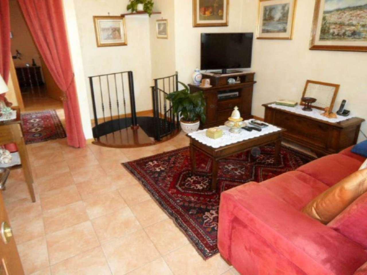 Appartamento in vendita a San Paolo d'Argon, 3 locali, prezzo € 183.000 | Cambio Casa.it