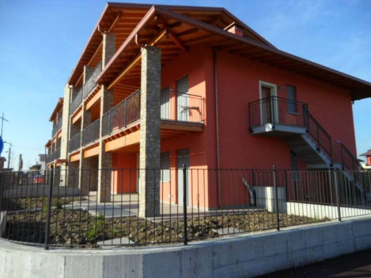 Appartamento in vendita a Grassobbio, 3 locali, prezzo € 170.000 | Cambio Casa.it