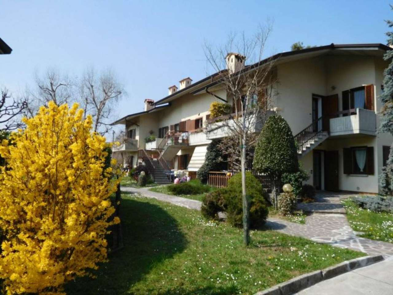 Appartamento in vendita a Villa di Serio, 3 locali, prezzo € 160.000 | Cambio Casa.it