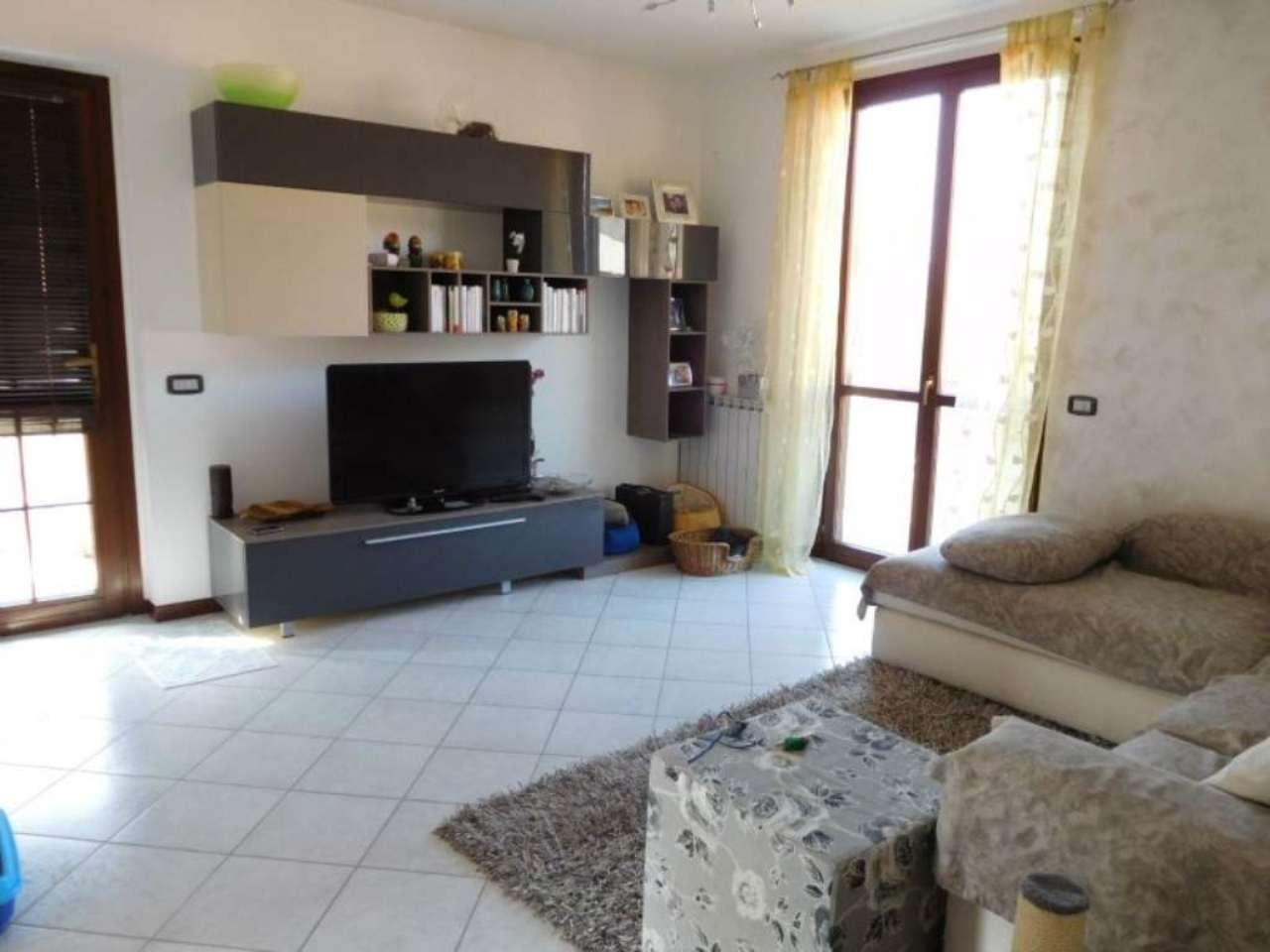 Appartamento in vendita a San Paolo d'Argon, 3 locali, prezzo € 152.000 | Cambio Casa.it