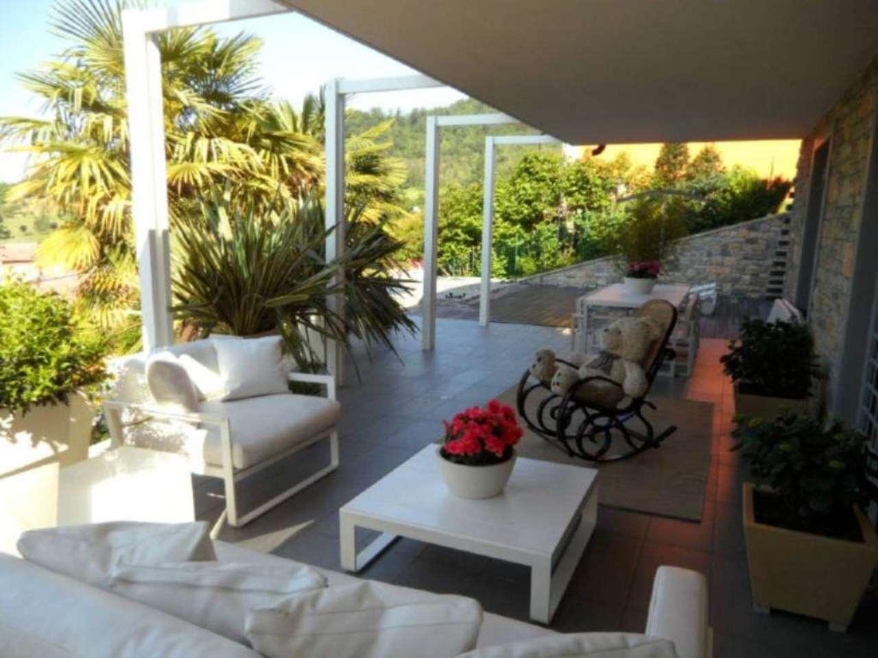 Villa in vendita a San Paolo d'Argon, 5 locali, prezzo € 680.000 | Cambio Casa.it